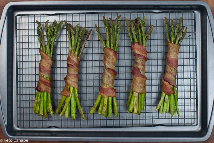 Simple Bacon Wrapped Asparagus